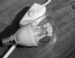 A Quick Guide to Choosing Light Bulbs